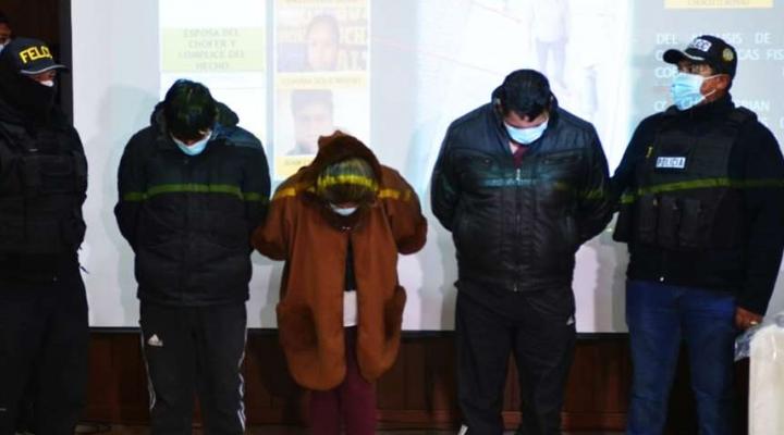 """Policía aprehendió a cinco personas del """"clan Ballesteros"""" que robaron más de 80 mil dólares en un mes"""