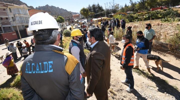 Alcalde recupera predio municipal en Bolognia y otorga 15 días para que ocupantes desalojen el lugar
