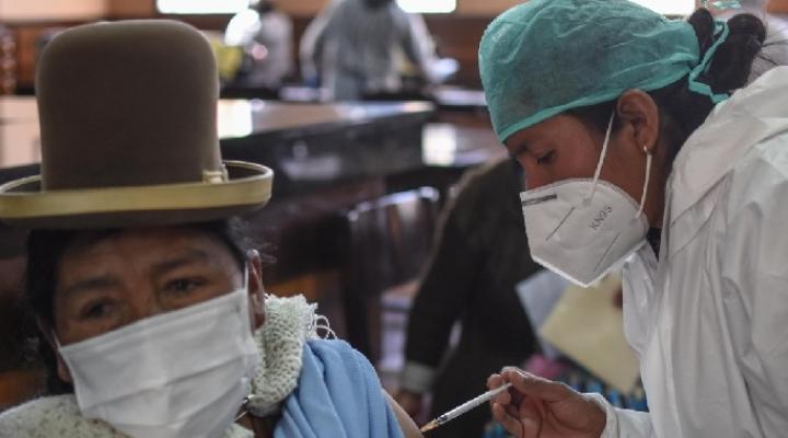 El PumaKatari cobrará Bs 1 ida y vuelta a quienes acudan a vacunarse el domingo