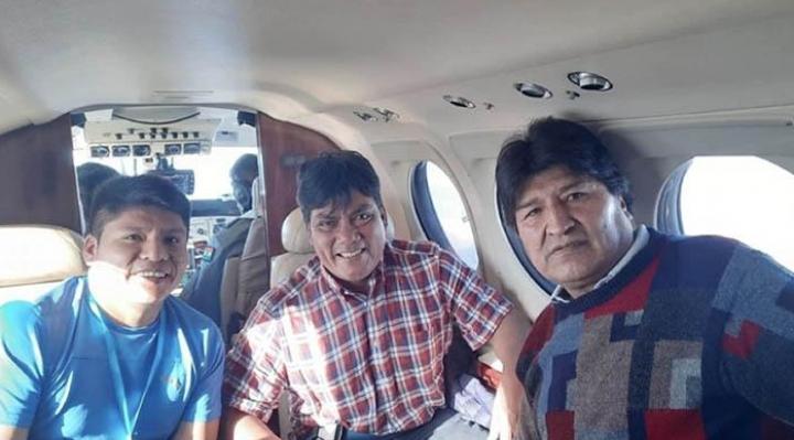 Formulario revela que aeronave que transportó a Evo hizo una ruta por La Paz-Chimoré y Tarija