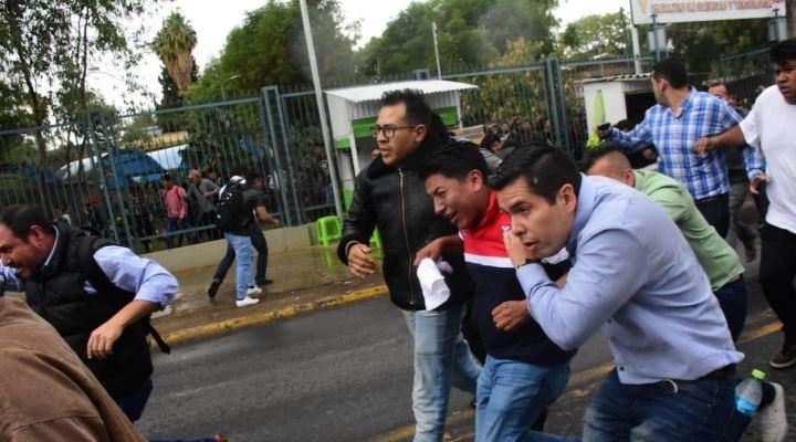 """Pumari no acepta """"presión"""" de Camacho y su presencia en la UMSS provoca enfrentamiento"""