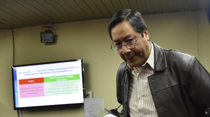 Gestora formaliza denuncia contra Luis Arce por una compra inexistente y contrato millonario