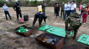 La FELCN decomisa 288 kilos de droga, 5 avionetas y 2 estancias en Beni