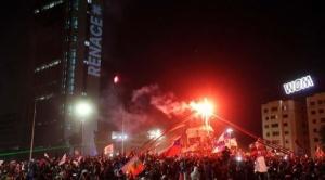 Chilenos aprobaron por amplia mayoría la redacción de una nueva Constitución