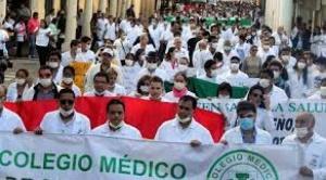 Médicos declaran cuarto intermedio en su paro general, solicitan diálogo al Gobierno