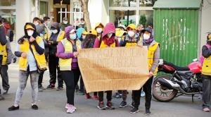 Protestas de trabajadores municipales ante falta de sueldos