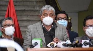 """Arias plantea al Gobierno crear """"fideicomiso especial"""" para la compra de vacunas anticovid"""
