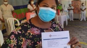 Con incentivos y sanciones, buscan que las personas acudan a recibir la vacuna anticovid