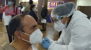 Gobierno reporta 2 millones de vacunados con la primera dosis