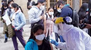 """Alcaldía de La Paz desplazará 600 brigadistas para la """"megavacunación"""" de este domingo"""