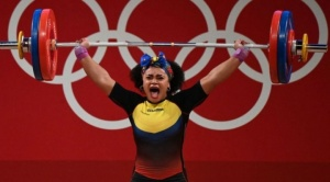Tokio: Neisi Dajomes, el peso emocional que carga sobre sus hombros la pesista ecuatoriana que logró oro