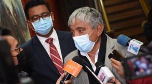 Alcalde Arias insiste en la vacunación de menores de 12 a 17 años
