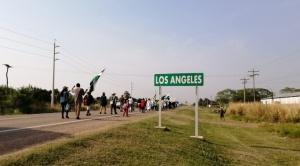Marcha indígena se queda en Los Ángeles para evitar confrontación en San Julián donde esperan a Arce