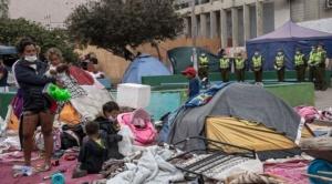Iquique: Nos sentimos humillados, tratados como animales__ venezolanos afectados por la quema de pertenencias de migrantes