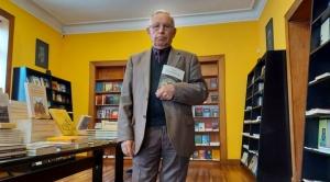 """Plural presenta el nuevo libro de Raúl Teixidó """"Con el permiso de Franz"""" este jueves 1"""