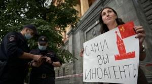 """Premio Nobel de la Paz: la ofensiva de Rusia hacia periodistas a los que calificó como """"agentes extranjeros"""" tras el anuncio del galardón"""