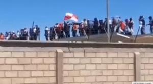 Motín en Cantumarca pide traslado de Molina; abogado ve que quieren forzar su envío a Chonchocoro 1