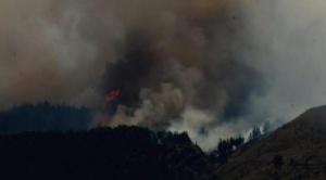 Buscan a autores del incendio en el Tunari que contaminó 157% el aire de la ciudad 1