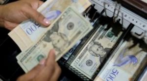 Venezuela: de dónde salen los dólares que circulan en el país (y por qué se cree que ya hay más que bolívares) 1