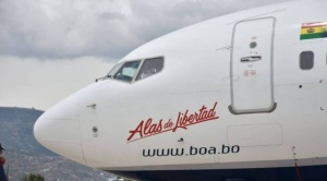 """Estatal BOA presenta tercera aeronave Boeing 737-800 bautizada como """"Alas de Libertad"""""""