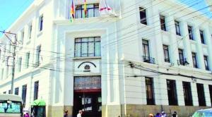 Fiscalía admite proceso contra exmagistrados que autorizaron la reelección indefinida de Morales