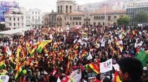 """Cabildo del """"Pacto por la unidad de Bolivia"""" se realiza en La Paz contra anuncios de violencia de Evo Morales 1"""