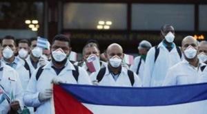 En Argentina, médicos rechazan llegada de 500 galenos cubanos