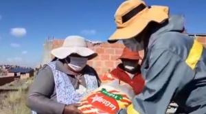 El Alto inicia entrega de 90.200 canastas solidarias a familias de escasos recursos de 14 distritos