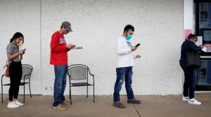 La cantidad de desempleados en EEUU vuelve a subir y llega a 36,5 millones en dos meses
