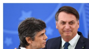 Dos ministros de Salud renuncian en Brasil en menos de un mes por desencuentros con Bolsonaro