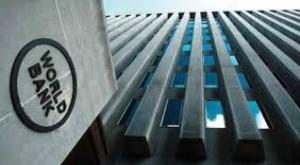Banco Mundial aprueba crédito $us 254 millones para apoyar pago de bonos a familias bolivianas