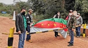 """Municipios cruceños bloquean vías, piden recursos y el Gobierno les dice que tiene las """"manos atadas"""""""