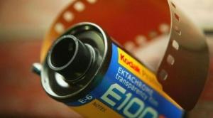 Kodak, una leyenda de la fotografía, se expande como empresa farmacéutica con apoyo del gobierno de EEUU