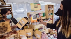 En Market Creativo, BancoSol impulsó la reactivación de emprendimientos bolivianos