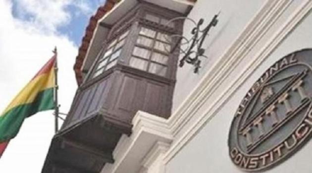 TCP admite demanda contra Ley que fija fecha de elecciones